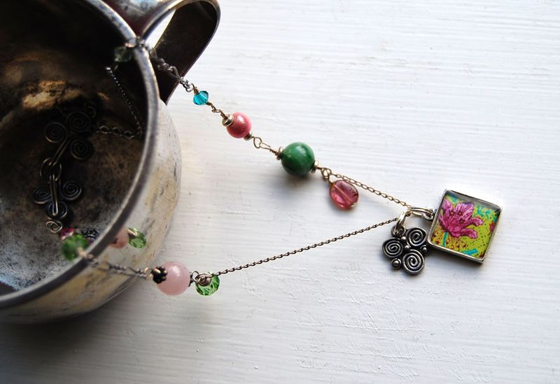 Pink-Tulip-necklace-1
